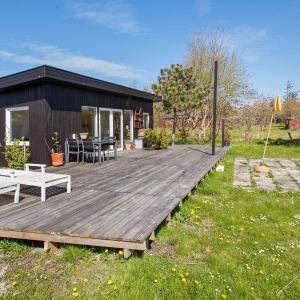 Hotel Pictures: Holiday home Sjællands Odde, Yderby