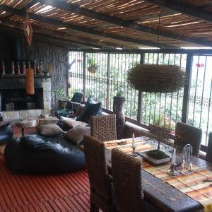 Hotel Pictures: Hermosa casa campestre en la zona cafetera, Pereira