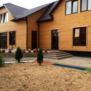 Hotellbilder: Agrousadba Mir tsvetov, Rudnya