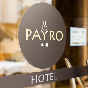 Hotel Pictures: Hotel PAYRO **, Milladoiro