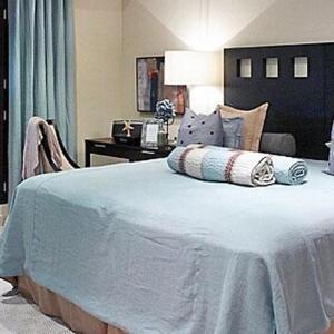 Hotel Pictures: Coral Cove 14 Penthouse - Crowsnest 3 Bedroom, Saint James