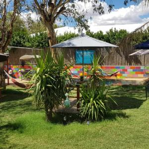 Hotellikuvia: Alice's Secret Travellers Inn, Alice Springs