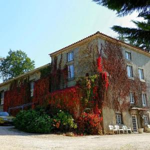 Hotel Pictures: La Ferme de Jeanne, Saint-Girons