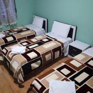 Фотографии отеля: Guest Apartament Korce, Korçë