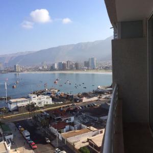 Hotel Pictures: Departamento junto al mar, Yerbas Buenas