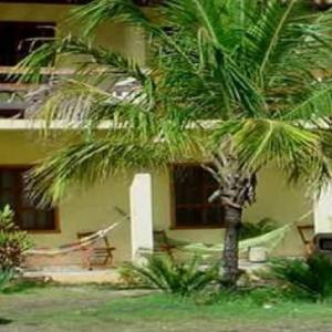 Hotel Pictures: Pousada Mar Tropical, Nova Viçosa