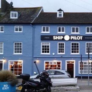Hotel Pictures: Ship &Pilot Inn, Ilfracombe