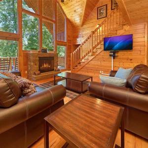 Fotos do Hotel: Invitingly Furnished 7 Bedroom - 57SMMTNHIDEHSRN, Sevierville