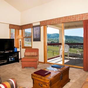 Fotos do Hotel: Lovely Steamboat Springs 2 Bedroom Condo/Villa - Torian Plaza 804, Steamboat Springs