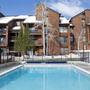 酒店图片: Beautifully Appointed 2 Bedroom - Timber Run 305, 斯廷博特斯普林斯