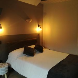 Hotel Pictures: Chambres d'Hôtes Casa Paulou, Laruns