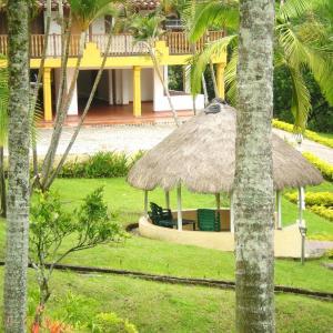 Hotel Pictures: Finca en Copacabana Antioquia, Copacabana
