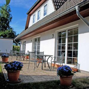 Hotelbilleder: Ferienwohnungen an der Hagenschen, Middelhagen