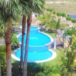 Hotel Pictures: Casaturis Bonalba Golf - La Rosaleda A108, Mutxamel