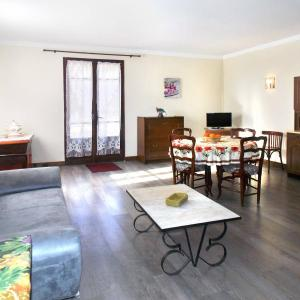 Hotel Pictures: Maison Marie-Therese 311S, San-Nicolao