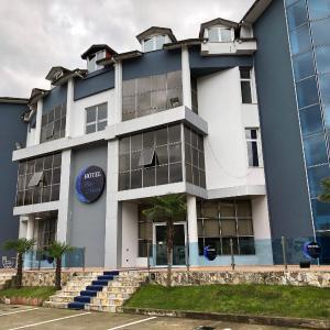 Zdjęcia hotelu: Blue moon, Tirana