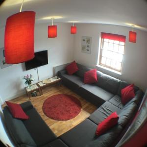 Hotel Pictures: Quire Court Apartment, Gloucester