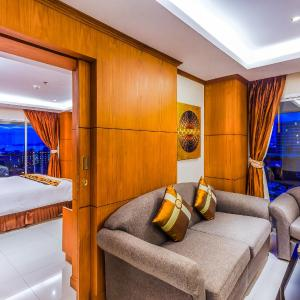 Hotel Pictures: Tara Court Hotel, Pattaya South