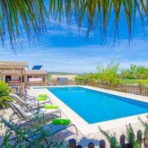 Hotel Pictures: Costa De Son Vanrell, Montuiri