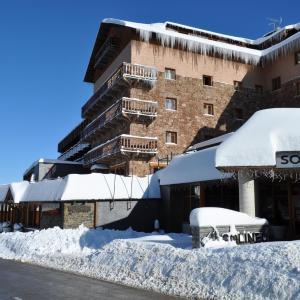 Hotel Pictures: Hotel Solineu, La Molina