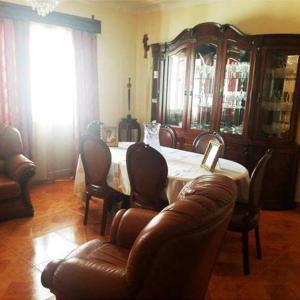 Hotel Pictures: Apartamento T2 Mobiliado, Assomada