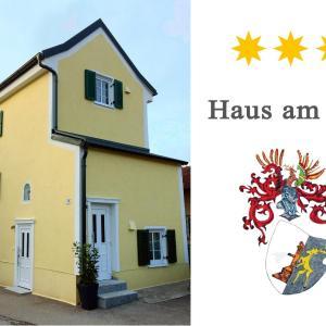 Hotelbilleder: Haus am Eck, Altötting
