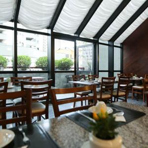 Фотографии отеля: Excelente Flat, Apartamento, Studio, Куритиба