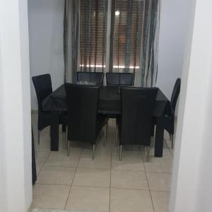 Fotos do Hotel: Appartement Meublé Marsa, El Aouina