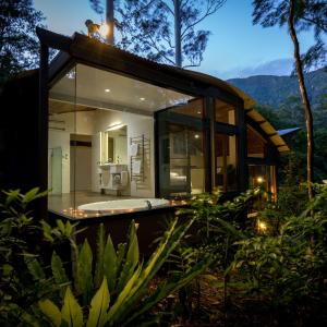 酒店图片: Crystal Creek Rainforest Retreat, Crystal Creek