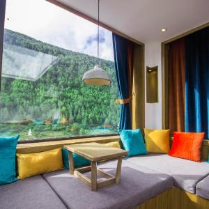 Hotel Pictures: Siguniang Mountain Wuye Shadow Boutique Hostel, Xiaojin