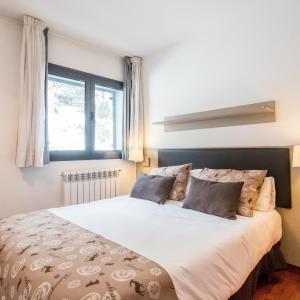 Фотографии отеля: Peretol Apartments 1950m, Бордес-д'Энвалира