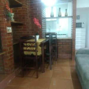 Фотографии отеля: Casa na Praia em Condomínio, Ангра-дус-Рейс