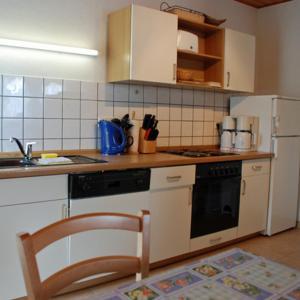 Hotel Pictures: Ferienhaus Gro_ Zicker mit Kamin, Gager