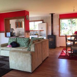 Hotel Pictures: Cabaña en Villarrica, Villarrica