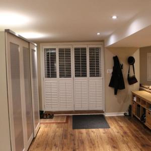 Hotel Pictures: 1 bedroom basement, Caledon