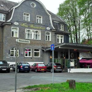 Hotel Pictures: Hotel Haus Wasserscheide, Burbach
