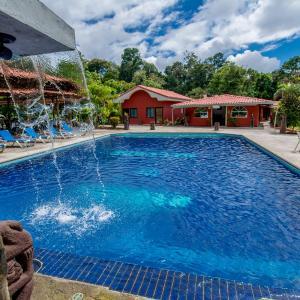 Hotel Pictures: Pacific Paradise Resort, Quepos