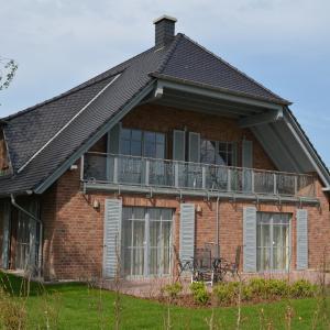 Hotel Pictures: Lottis Utkiek - Apt. 01, Middelhagen
