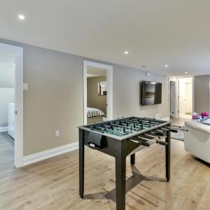 Hotel Pictures: Stunning Newly Furnished Single Home Near Downtown, Ottawa