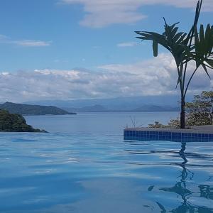 Hotel Pictures: Casa Bugambilia del Mar, Bajo Negro