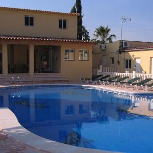 Hotel Pictures: Casa Robion, Godelleta