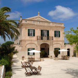 Hotel Pictures: Alcaufar Vell Hotel Rural & Restaurant, Sant Lluis