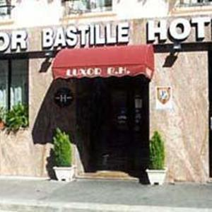 Hotel Pictures: Luxor Bastille Hotel, Paris