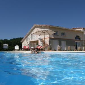 Hotel Pictures: Maison De Vacances - Marsac, Marsac