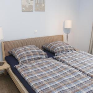 Hotel Pictures: Ferienwohnung Strandgut, Horumersiel