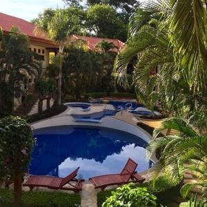 Hotelbilleder: Family condo in Jaco, jacuzzis, pools and terrace, Jacó