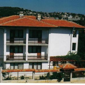 Hotel Pictures: Hotel Kalina, St. St. Constantine and Helena