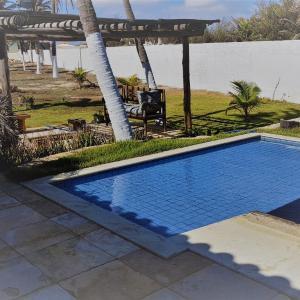 Hotel Pictures: Casa de praia no Coqueiro, Sobradinho