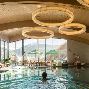 Фотографии отеля: Bergland Design- und Wellnesshotel, Зельден