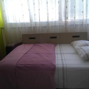 Hotellbilder: dzenex, Tuzla